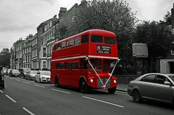 bus-84711_1920