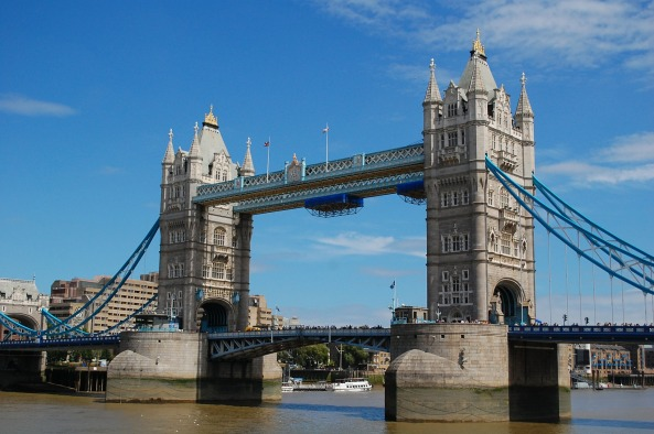 tower-bridge-528126_1920